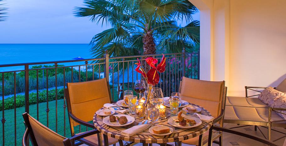 Italian Oceanfront Family Suite Balcony