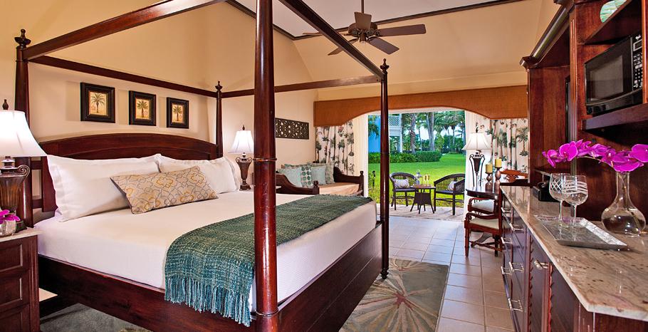 Caribbean Accessible Premium Walkout Room King - PKA
