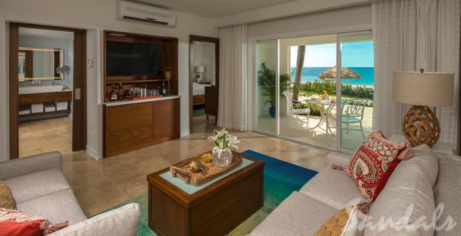Italian Beachfront One Bedroom Walkout Butler Suite - IW1