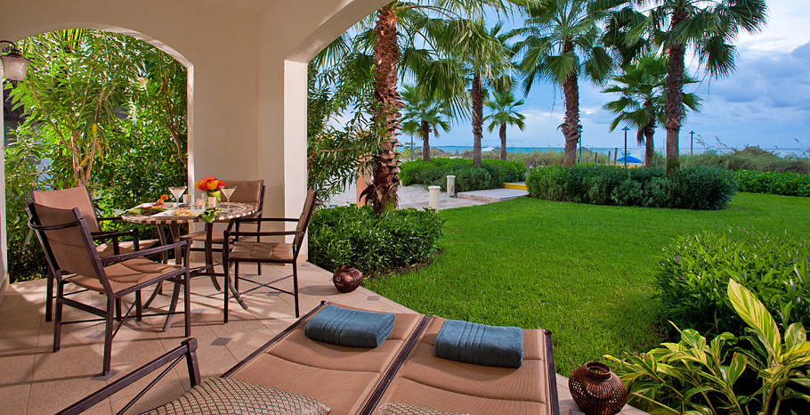 Italian Oceanfront Walkout Concierge Family Suite with Kids Room terrace - RW